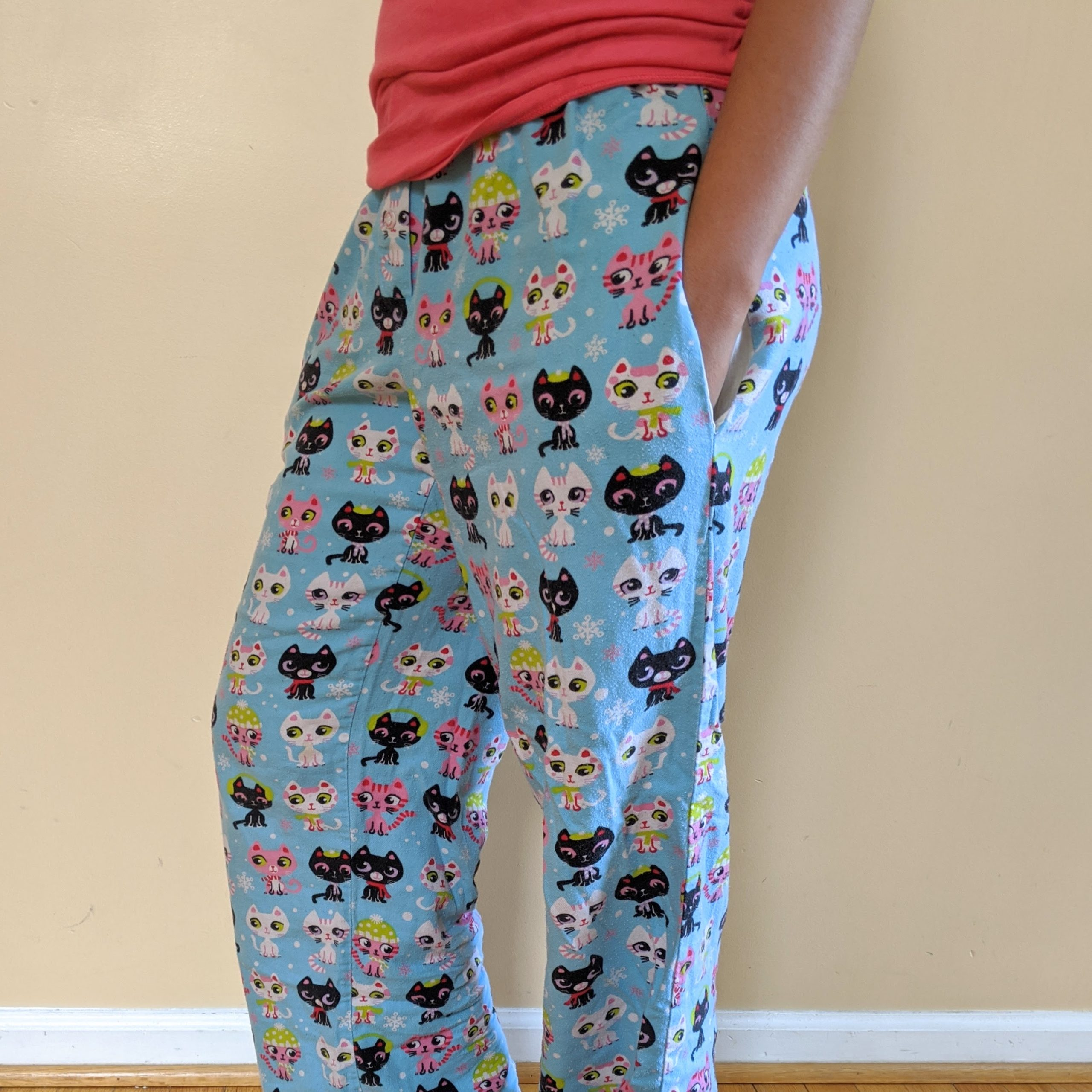 Pajama pants with pockets
